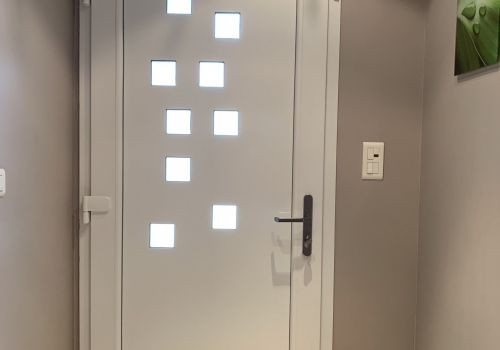 Remplacement de porte à Valonne